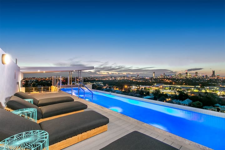Unbeatable Value - City Views & Rooftop Pool. - Coorparoo - Lägenhet