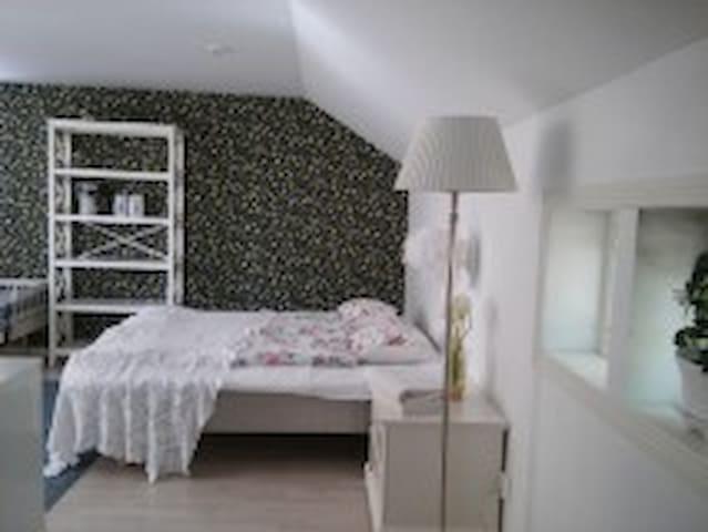 Romanttinen majoitus Naantalin wanhassakaupungissa - Naantali
