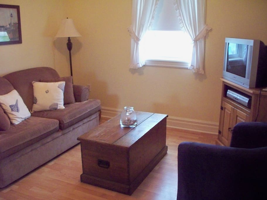 Sitting Room, upper level