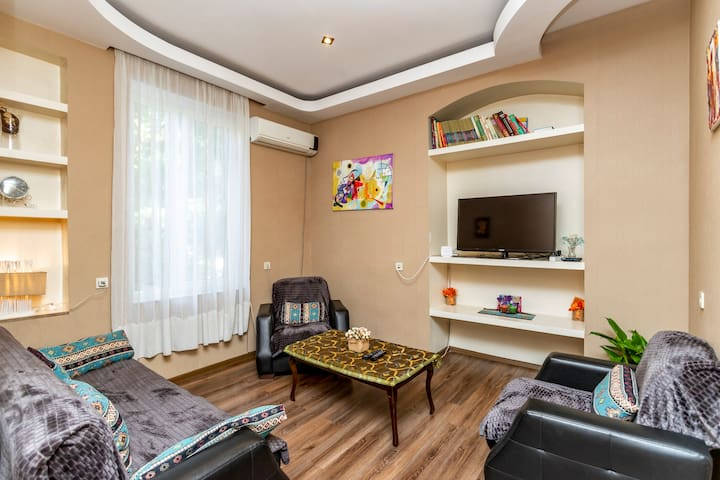 ❤ Historic 5 ⭐ Home DownTown Tbilisi Couple's ❤