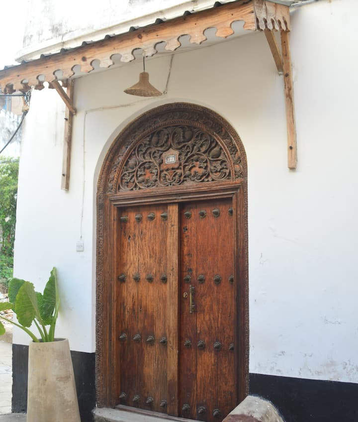 Magogoni - Swahili Themed Zanzibar Hostel