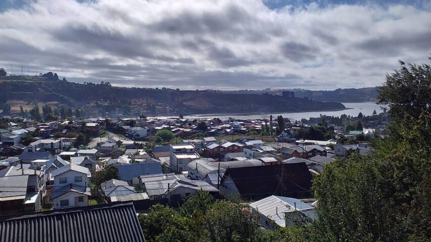 Hostal Sol y Lluvia, alojamiento típico Chilote