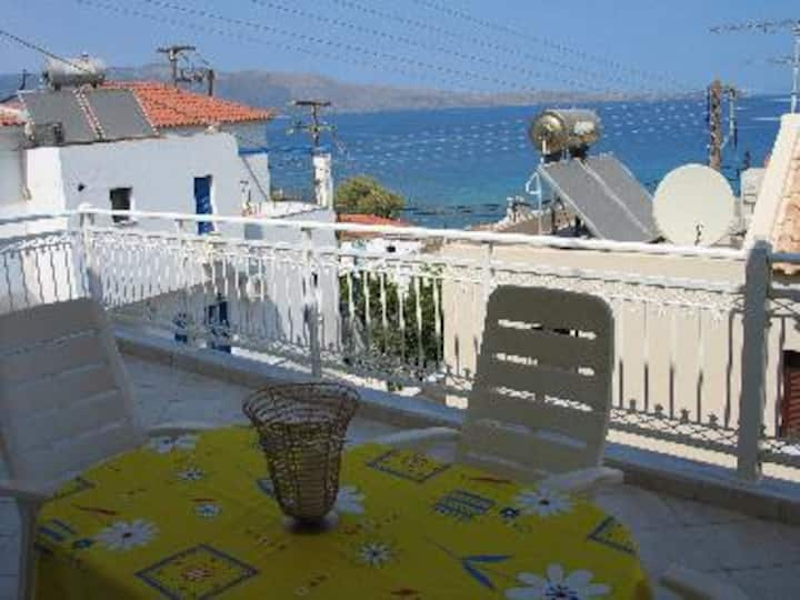 Big , cosy, 4 persons, house in Monemvasia