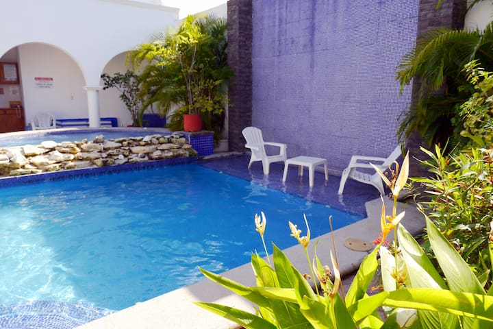 Come relax and enjoy your vacation with us at IslaMar Villas!