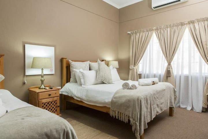 Augrabies Falls Lodge-Family Room - 1st Floor