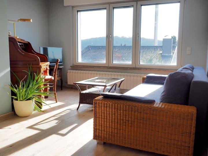 Ruhiges Apartment im Grünen, zentral gelegen