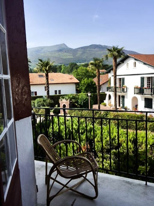 Vue depuis le balcon // view from the balcony