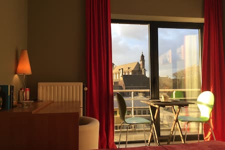 Waterfront-Studio + Rent Car parking / 2 bikes - Gent