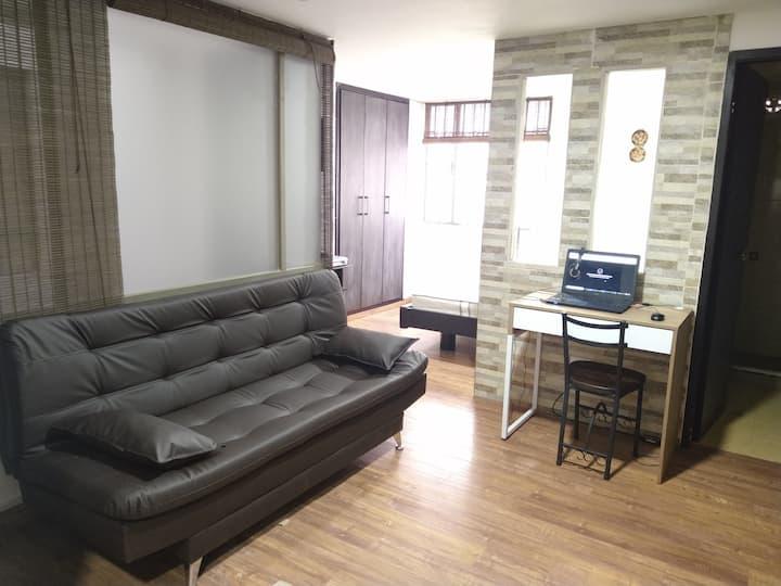 Apartaestudio cómodo y acogedor, WIFI/TV/NETFLIX