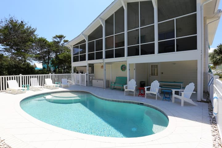 Steps from Cape San Blas, Pet Friendly with Great Views ~ Cape Haus