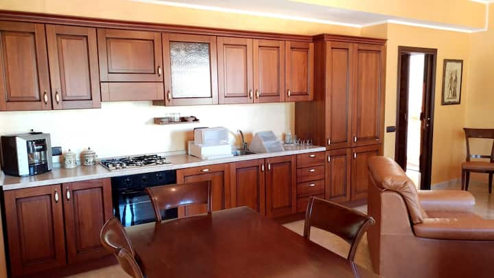 Apartment with one bedroom in Montagnareale, with wonderful mountain view, furnished balcony and WiFi - 5 km from the beach