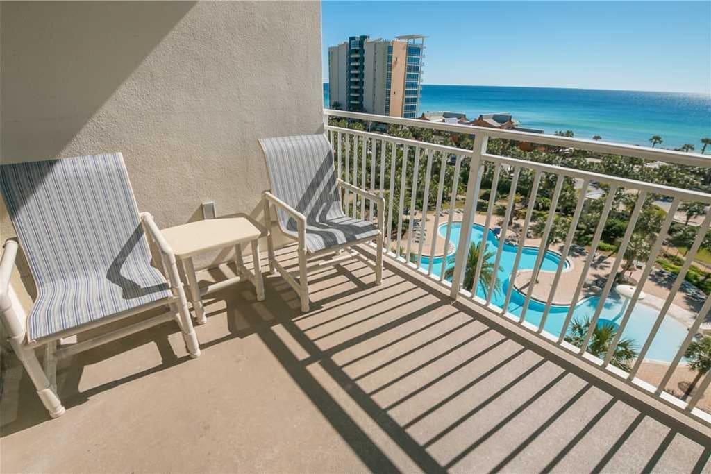 Sterling shores 716 2 bedroom condo view of destin beach for 9 bedroom rental destin florida