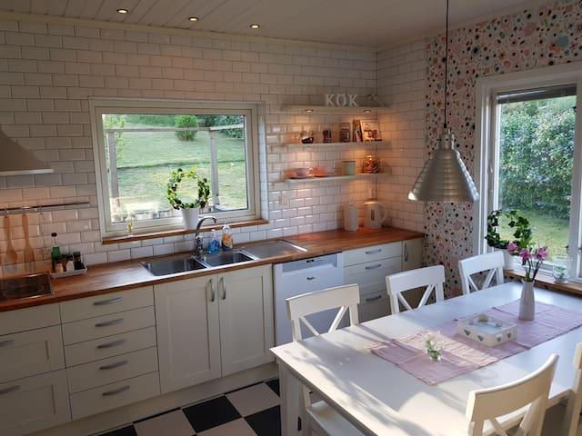 Familjevänligt hus, nära Astrid Lindgrens Värld