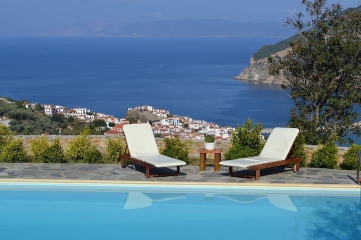 Villa Danai-Outstanding view,private swimming pool