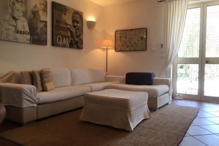 Casa in campagna con grande giardino / mare - Muro Leccese