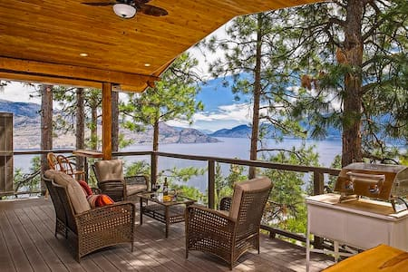 Peachland Eagles Nest B&B, The Tree House Suite - Peachland