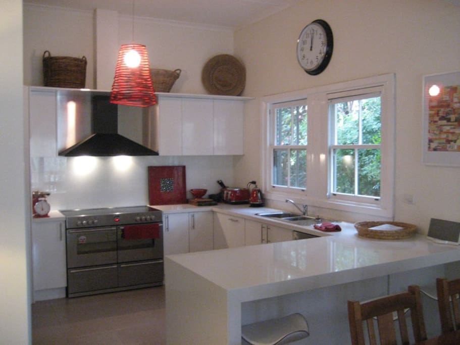 A true entertainer's kitchen - bring out the inner masterchef!