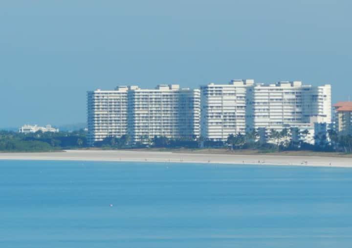 Sea Mar Condo II - Marco Island Penthouse w/Wifi