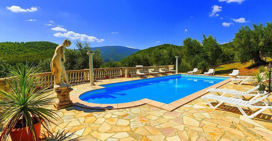 5 Beautiful Villa/Apartments in Tuscany - Caprese Michelangelo - Haus