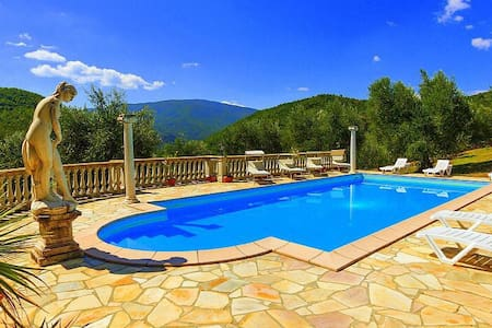 Beautiful Villa in Tuscany - Caprese Michelangelo - Rumah