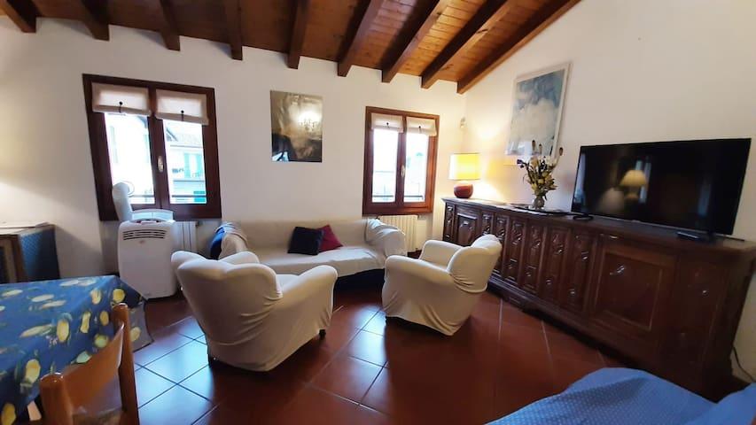 Anna's home in Salò by Garda lake