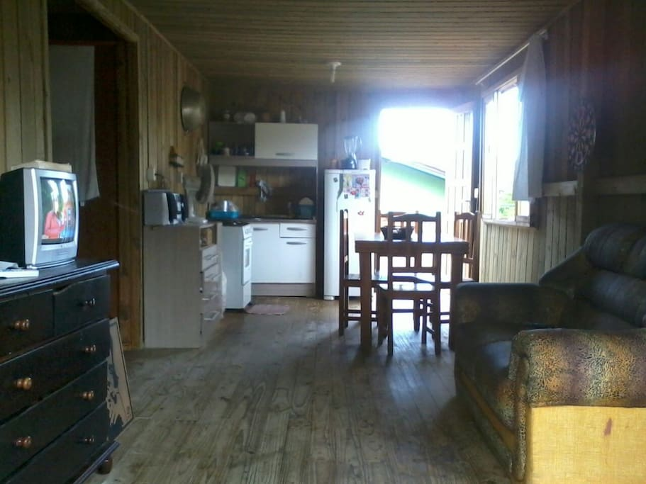 Sala e cozinha bem agradável