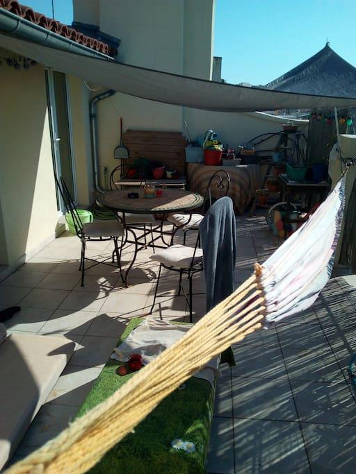 Appart terrasse coeur de marseille appartements louer for Terrasse de marseille