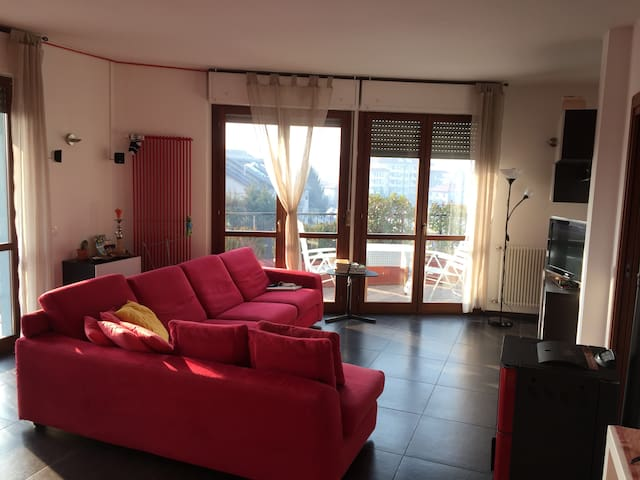Nice flat in Como - Como - Appartement