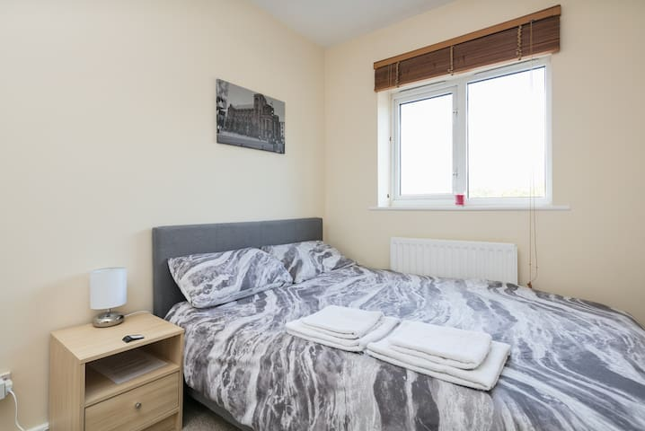 Spacious double room near Manchester city centre