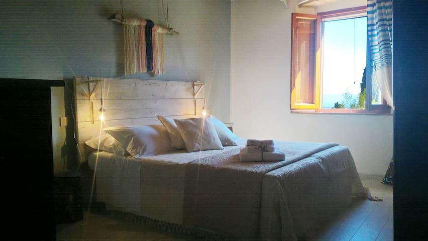 Hotel Home Chianni La DIMORA - Ripadoro - Chianni - Apartmen perkhidmatan