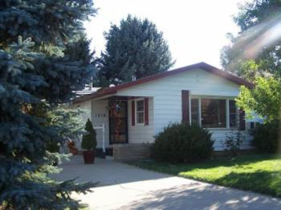 Top 100 airbnb rentals in loveland colorado for Loveland co cabin rentals