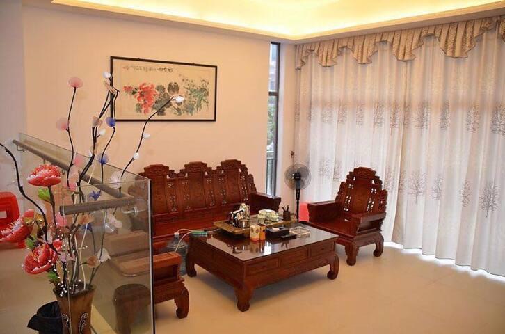 五房九床独栋私家温泉别墅,带停车位 - Guangzhou - Villa