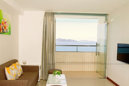 LUXURY SEA VIEW APARTMENT - TWO BEDROOMS - tp. Nha Trang - Apartment