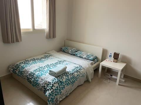 R5 Acogedora y totalmente equipada habitación en encantadora villa