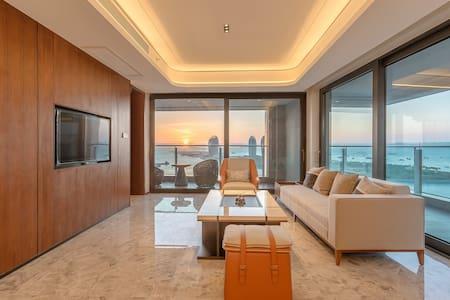 三亚湾/市中心 超大双阳台 正面全海景 三卧室套房+超豪华装修●预定即赠:接机+游轮出海