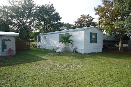 Waterfront Property in Buckhead Ridge Florida.