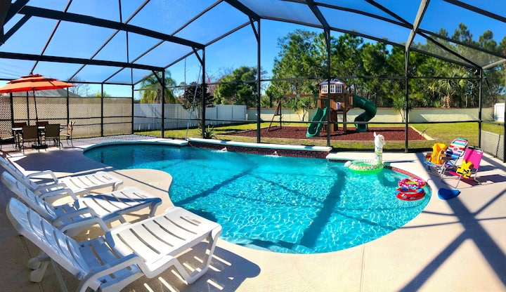 Big house with playground & pool, near Disney!