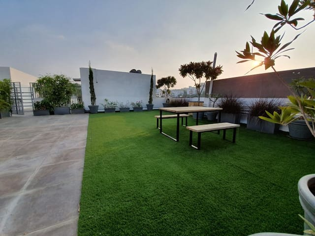 Picturesque Penthouse to view Hyderabad from top