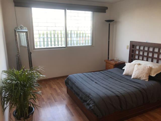 Habitación SMART ideal p descansar a 3min de UDLAP