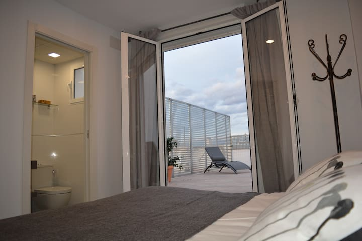 New LOFT with a big terrace in Valencia. - València - Appartement