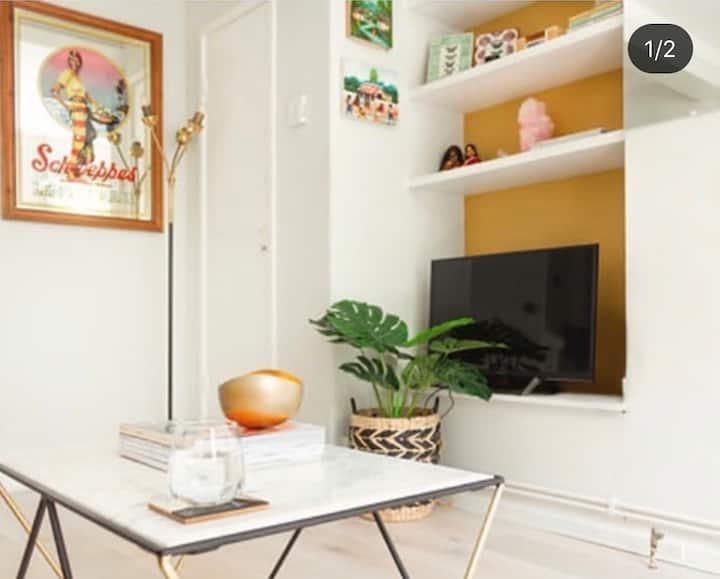 Bright and Beautiful Portobello Road Studio Flat