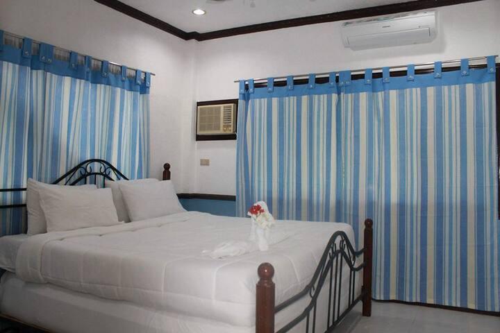 Molave Room - Arapal Nature Retreat