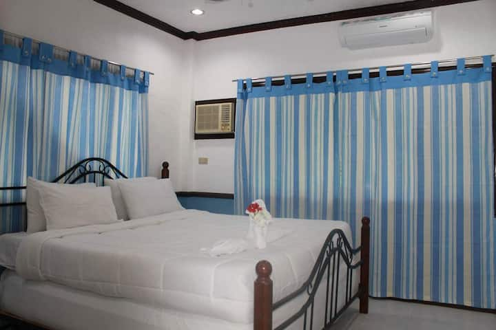 Molave Room - Arapal Nature Retreat