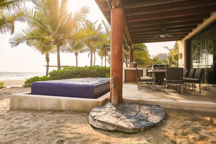 """Villa Noche, Playa, Luna""  G27"