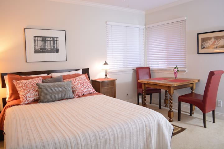 Relaxing Place for 2, Downtown Grass Valley - Grass Valley - Huis