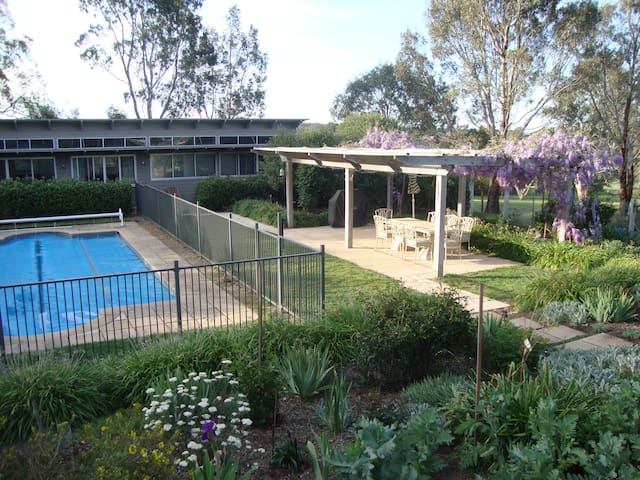 Oakbank Garden & Pool Retreat - Oakbank - Casa