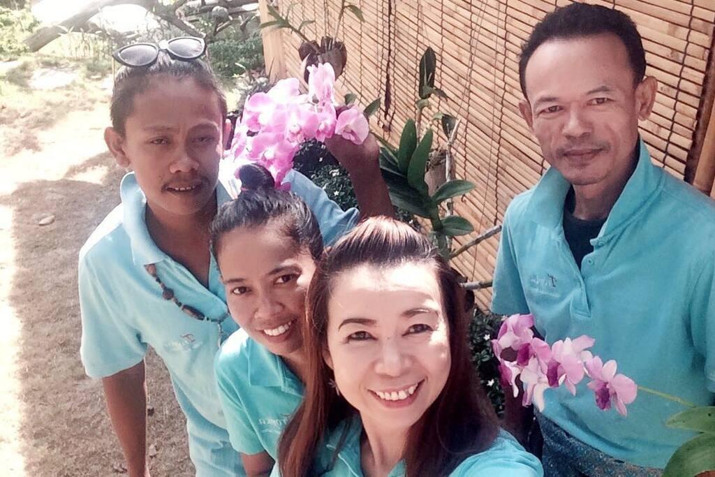Tropica Service Team
