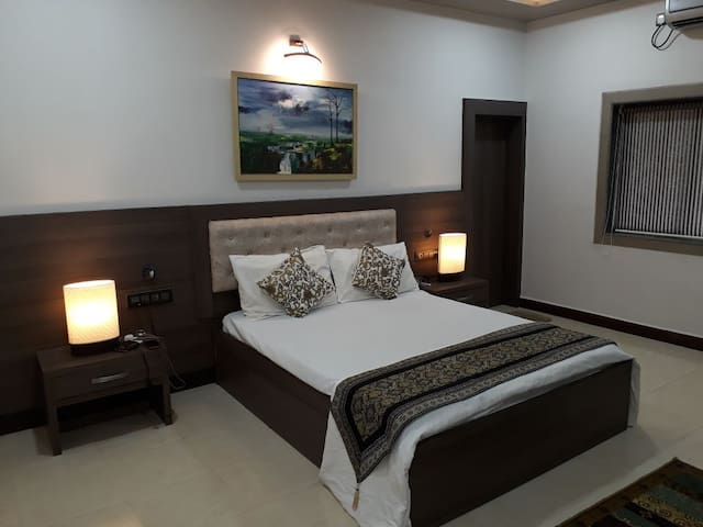 Comfortable and Classy Home Stay - Bedroom 2