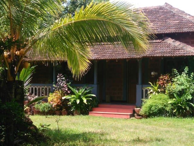 A Portugese cottage home-stay @ Anjuna