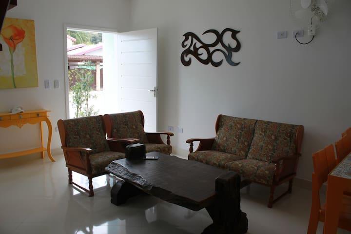 Casa no Residencial Villa Martins II